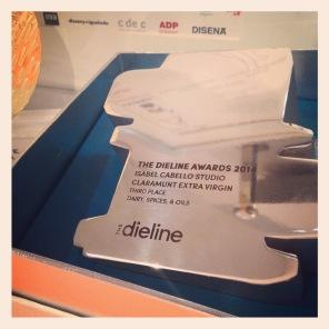Nuevo reconocimiento con un The Dieline Awards 2014 a Claramunt Extra Virgin