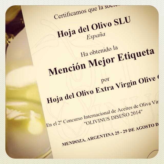 Premio mejor etiqueta Olivinus