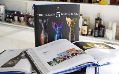 5 trabajos nuestros en el último volumen de TASHEN con los mejores diseños de packaging 17/18
