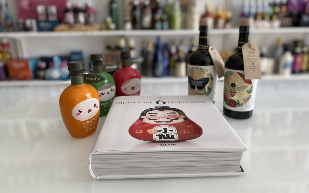 2 nuevos trabajos publicados el último volumen de TASCHEN con los mejores diseños de packaging 19/20